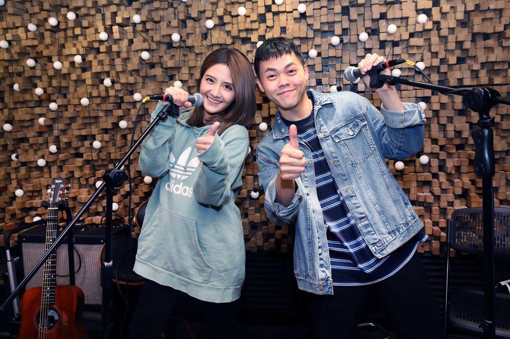 李宣榕(左)今為音樂會練團,並宣布邀來同門師兄曾昱嘉擔任嘉賓。圖/福茂唱片提供