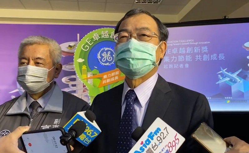 台灣電力公司總經理鍾炳利今天受訪表示,還是希望三接能順利進行,畢竟大南電廠已經施工一半。記者陳夢茹/攝影