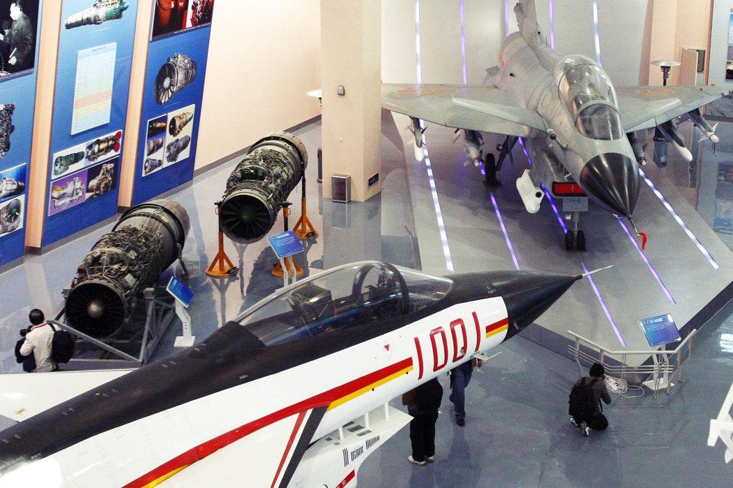 圖為中國發動機展示。 圖/中新社