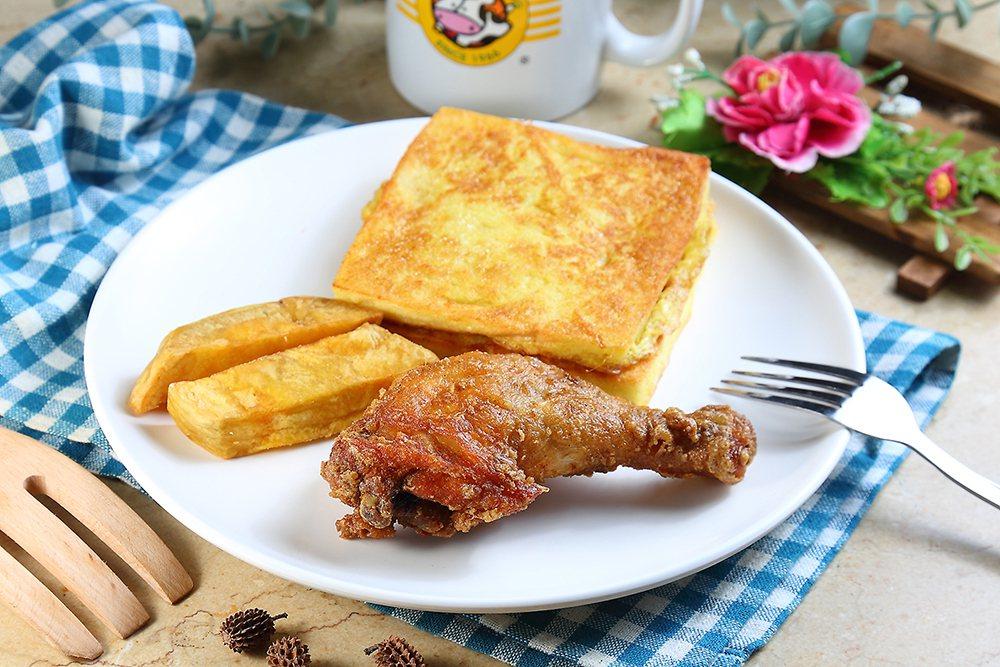 招牌餐點炸雞和法國吐司延續50年前配方,是回憶裡的美好滋味。 圖/Carter ...