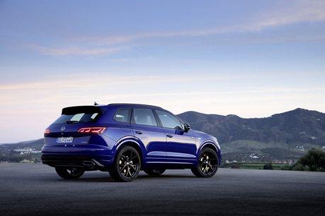 比Audi SQ7便宜27萬! Volkswagen Touareg R的C/P值其實更高?
