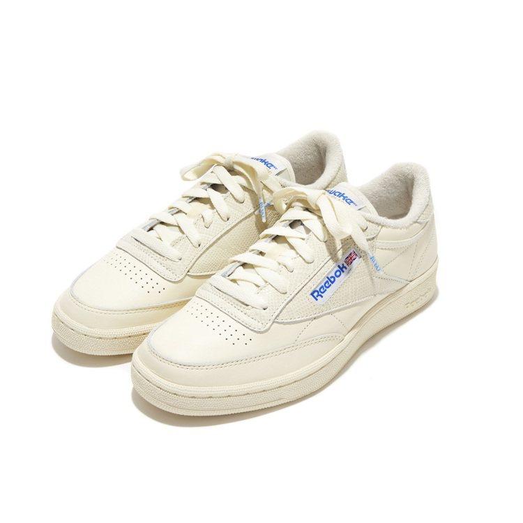 Reebok與Awake NY聯名系列CLUB C 85鞋3,250元。圖/Re...