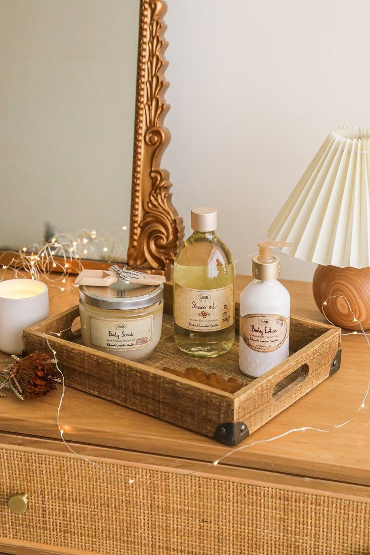 SABON沐浴時刻清潔、磨砂與修護等三步驟。圖/SABON提供