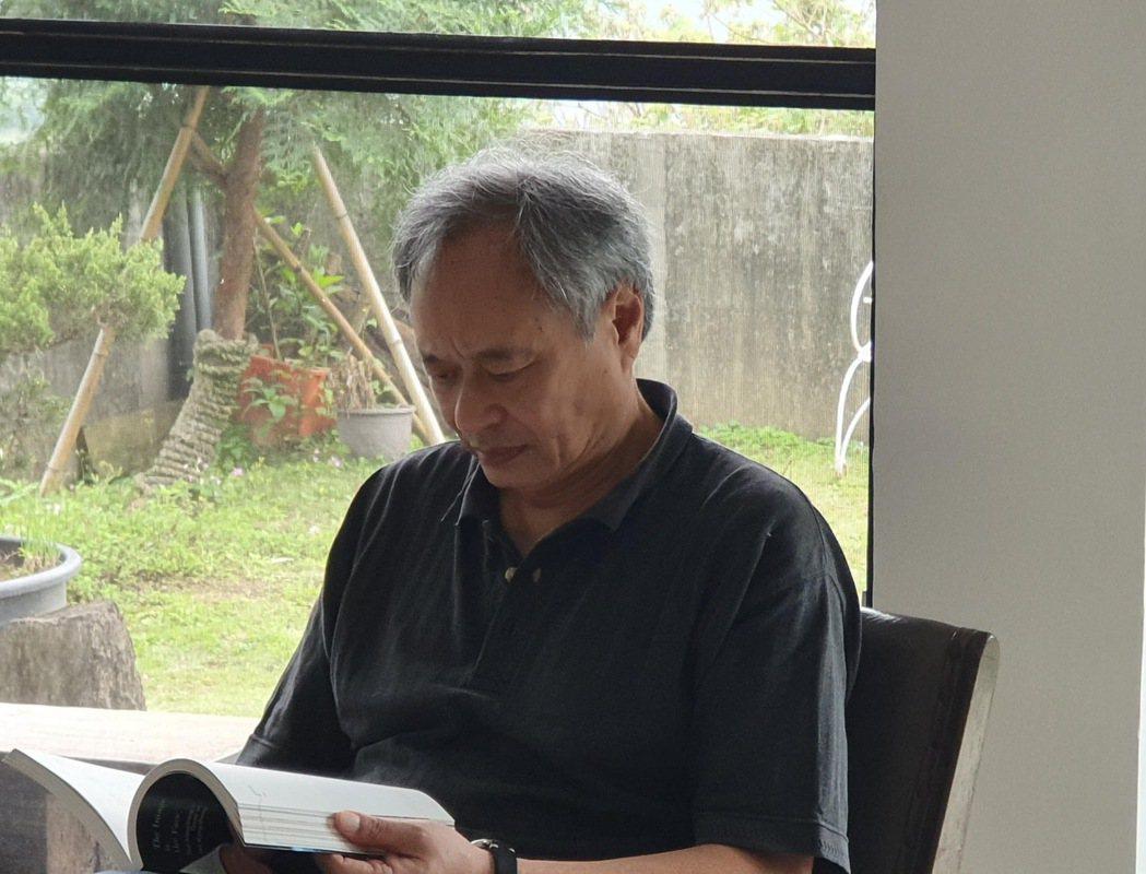 李安上山探訪蔡明亮導演,大聊電影創作。圖/摘自李康生臉書