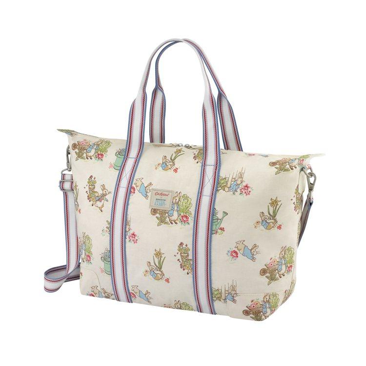 印花經典款摺疊旅行袋,3,480元。圖/Cath Kidston提供