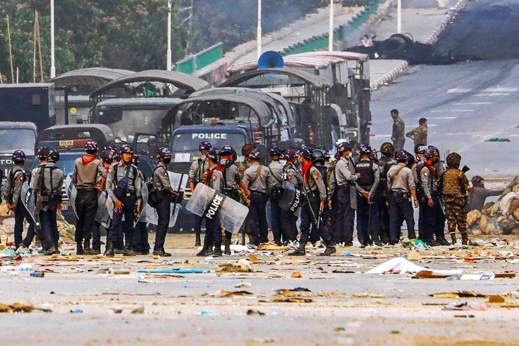 截至3月15日清晨為止,緬甸政變至今已知累積殺死134名平民、超過2,150人被...