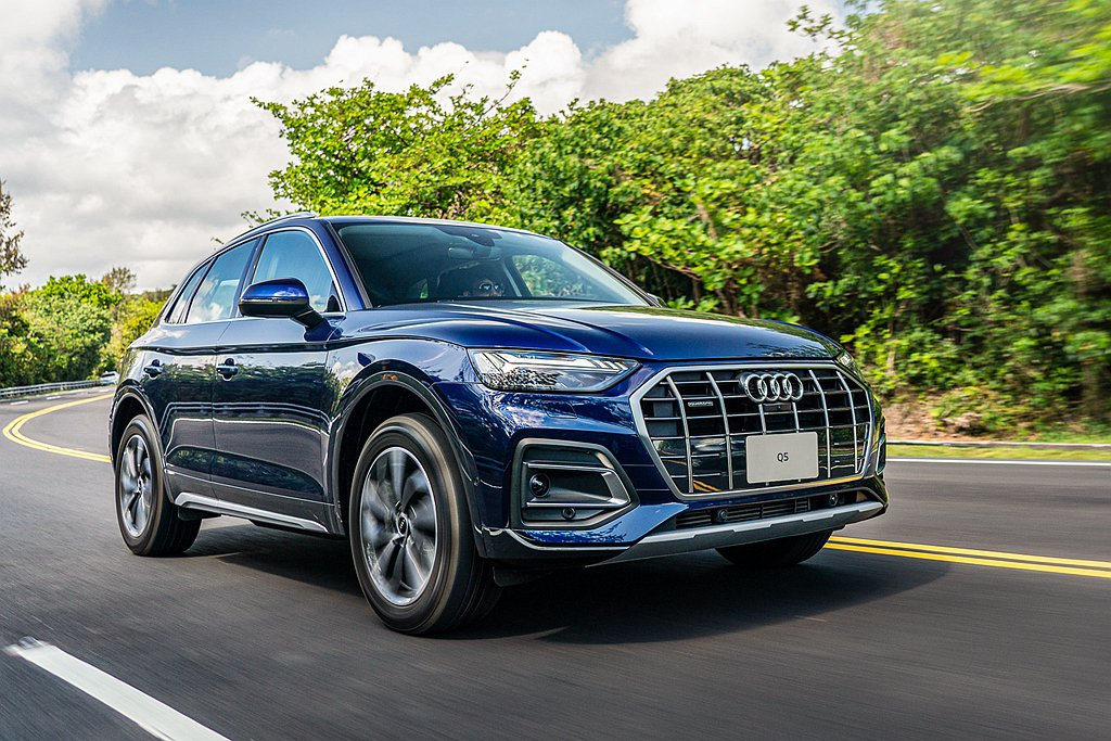 小改款Audi Q5目前採單一動力規格,2.0L汽油渦輪增壓引擎可輸出265hp...