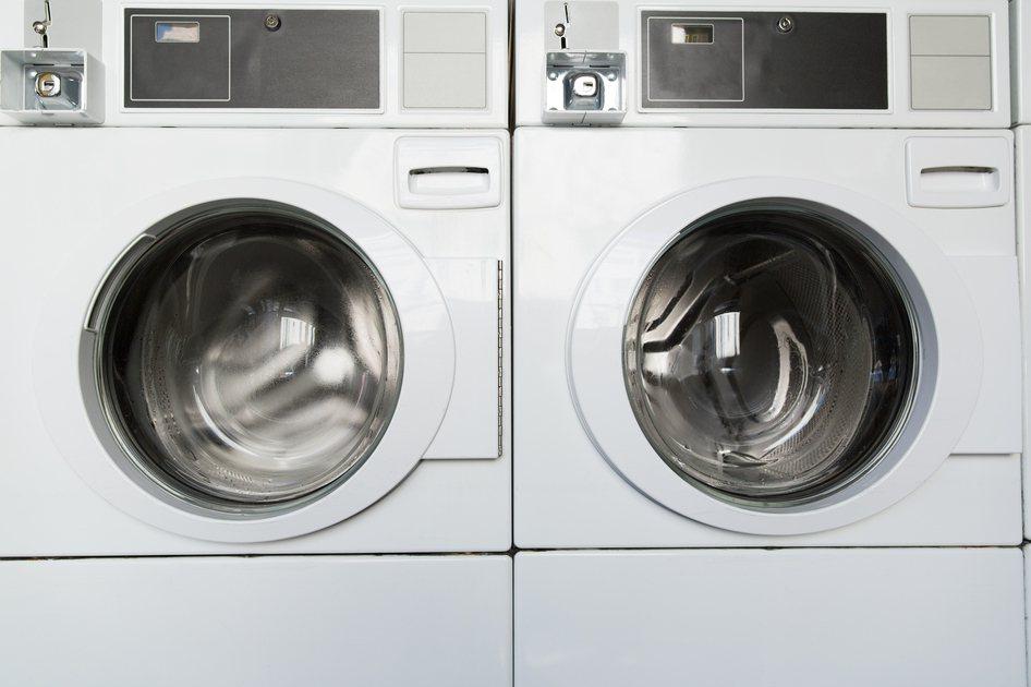 有網友近日選購了滾筒洗脫烘洗衣機,卻被朋友嗆爆。示意圖/Ingimage