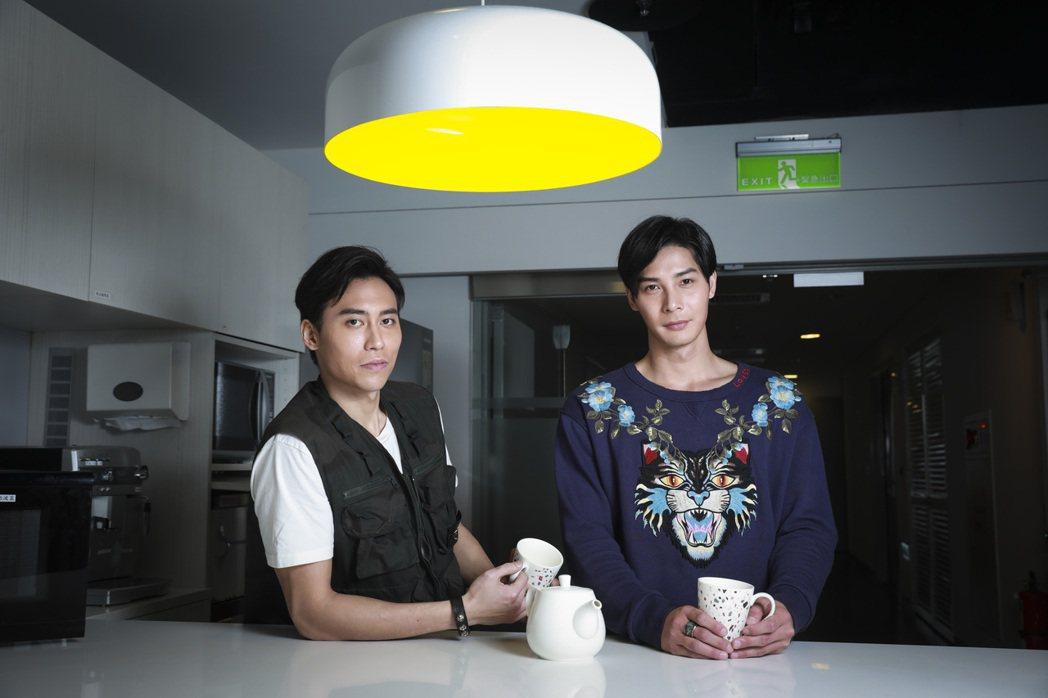柯鑑育(左)、鄭凱(右)繼承父親衣缽進入演藝圈。記者曾吉松/攝影