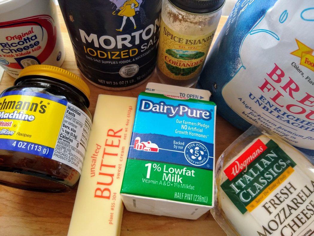 圖文:美國番媽【食譜】我的起司麵包船