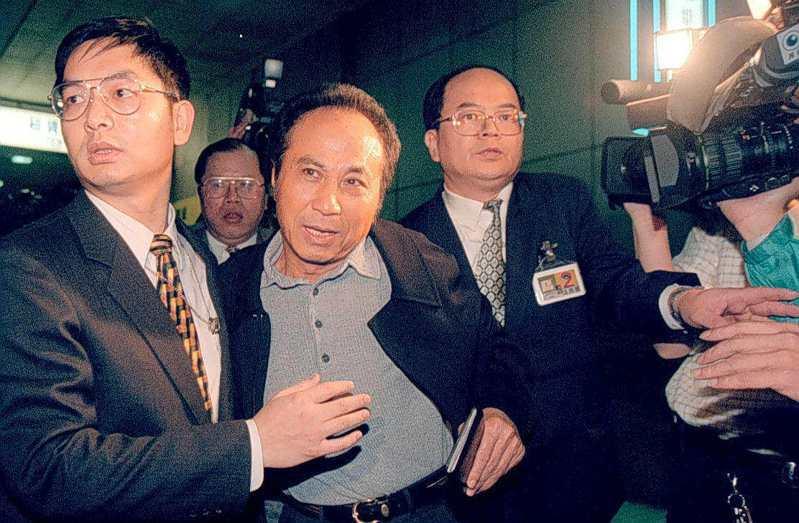 涉及巨登公司賭博案遭通緝的影藝界大亨楊登魁返國投案。圖/聯合報系資料照片