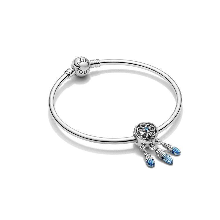 Pandora夢想天藍捕夢網限量版925銀串飾,2,480元。即日起至2021年...