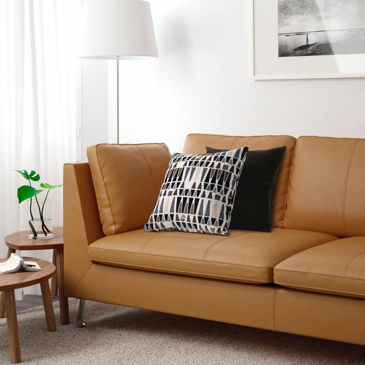 STOCKHOLM三人座沙發,售價49,900元。圖/IKEA提供
