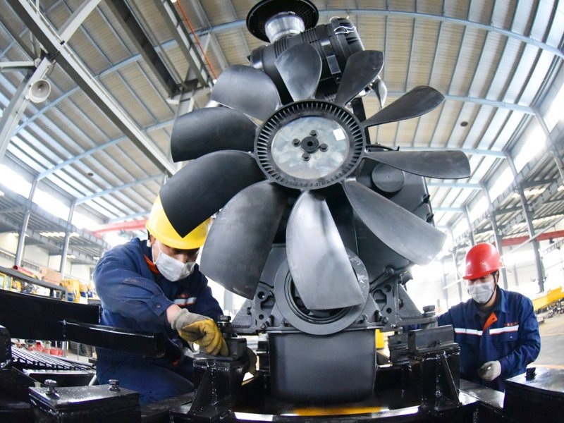 大陸前2月規模以上工業增加值年增35.1%。(新華社)