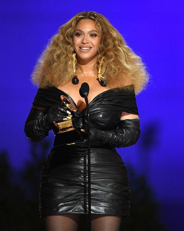 碧昂絲刷新女藝人在葛萊美獎獲獎最多的紀錄。圖/摘自Instagram