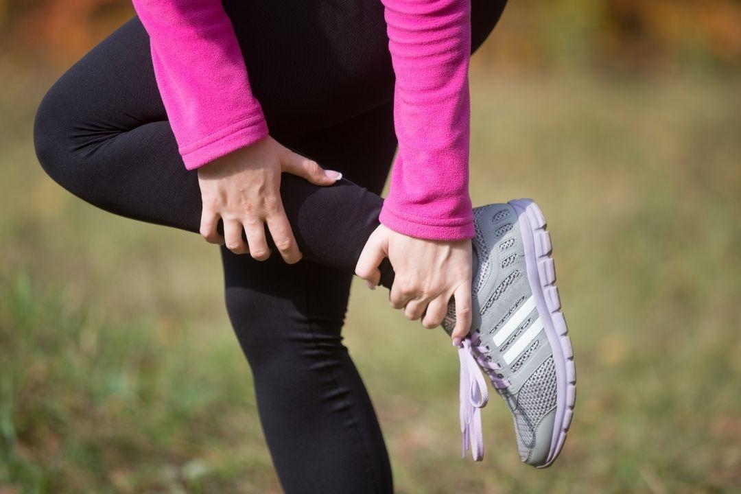 抽筋是生活中經常遇見的狀況,通常容易抽筋的部位在腿部。 圖/freepik