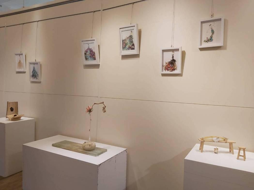 黃天樺作品「心滿溢竹」獲2020新竹美展,也是這次元培藝術中心展出的一大亮點。 ...
