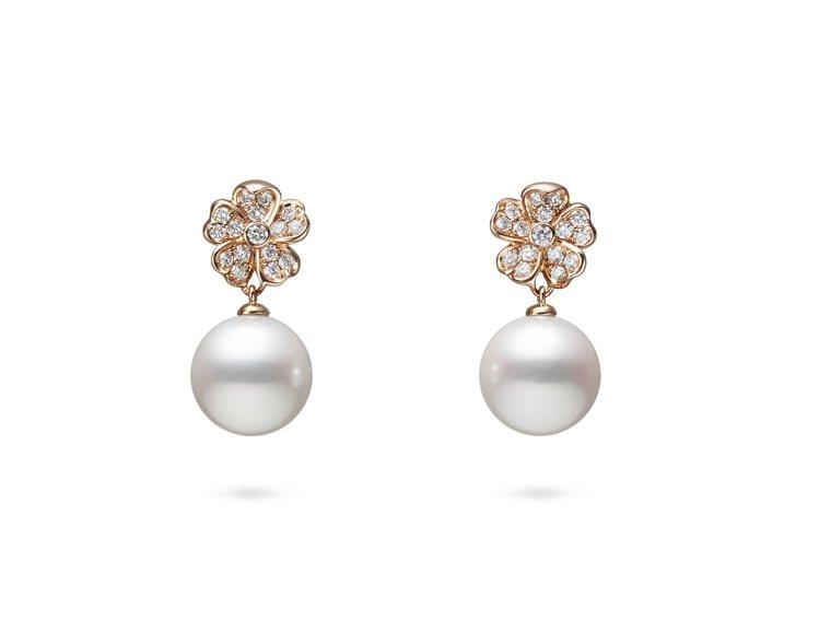 MIKIMOTO Cherry Blossom系列珍珠鑽石耳環,13萬元。圖/M...