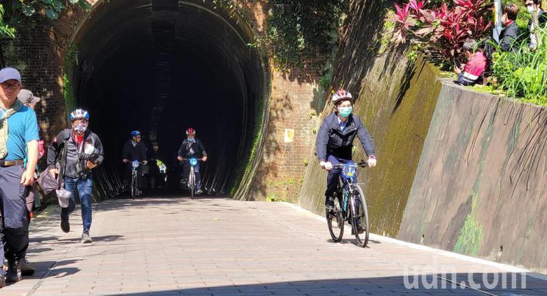 基隆將花1.8億自行車道串接新北,但議員嘆沒廁所不方便。記者游明煌/攝影