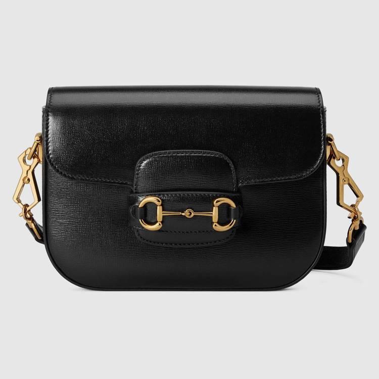 Gucci Horsebit 1955 mini黑色皮革肩背包,92,400元。...