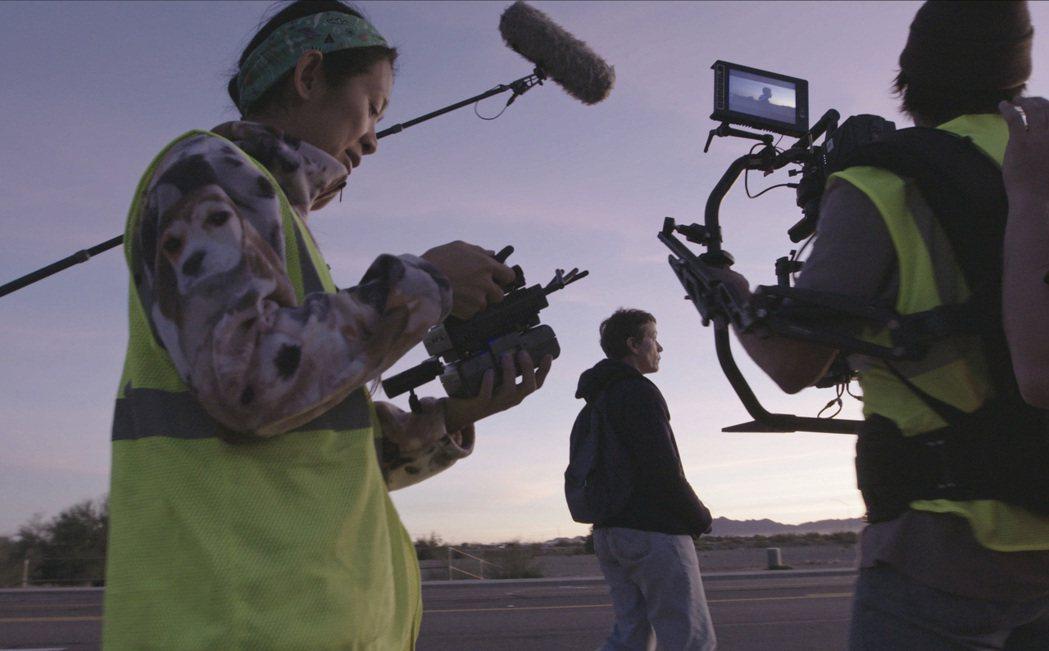 《游牧人生》工作照。 圖/IMDb