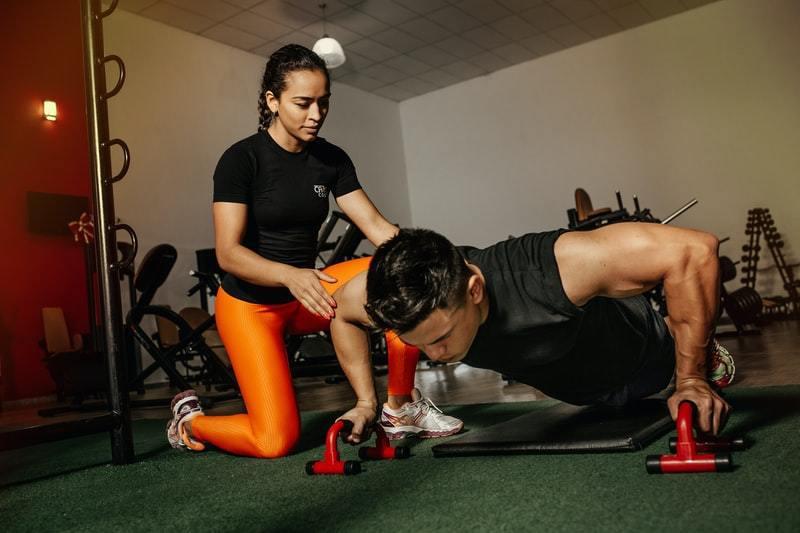 肌肉不只是讓我們活動的構造, 肌肉在適度強度訓練下,肌肉會刺激生長激素分泌,提供...