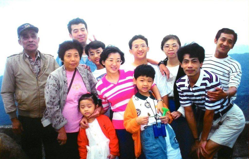 不要活在他人的壓力下,每個家庭的幸福劇本,是一生只有一次的真實演出。 圖/愛長照