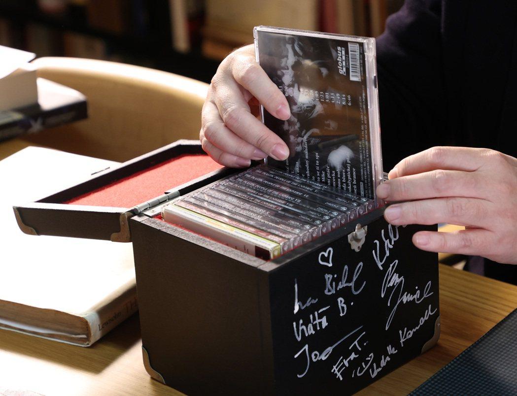 馬世芳家中的音樂蒐藏品。記者林澔一/攝影