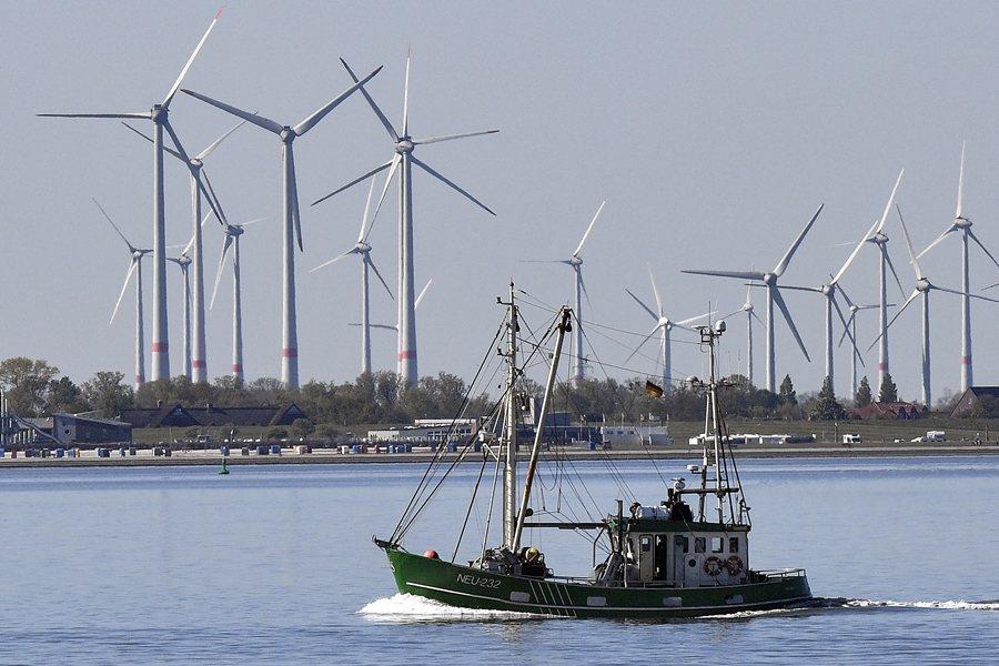 歐盟為例的氣候治理是以歐盟氣候總署統籌。歐盟在2009年已明定,達成20%的再生能源目標。示意圖。 圖/美聯社