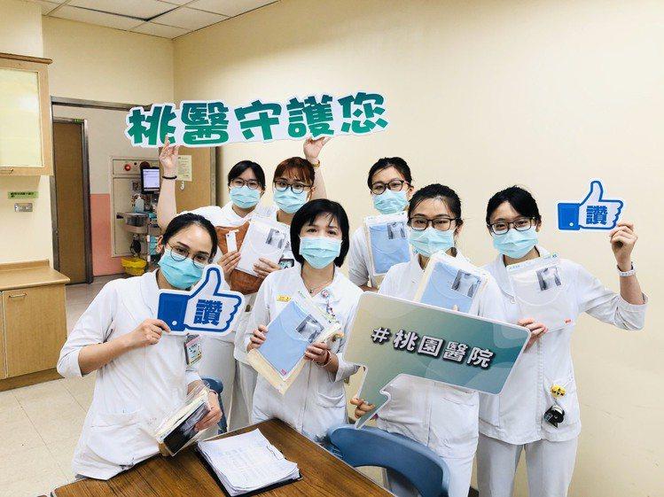 UNIQLO在新冠疫情期間挺醫護不遺餘力,一共捐出1,673萬個口罩、60.3萬...