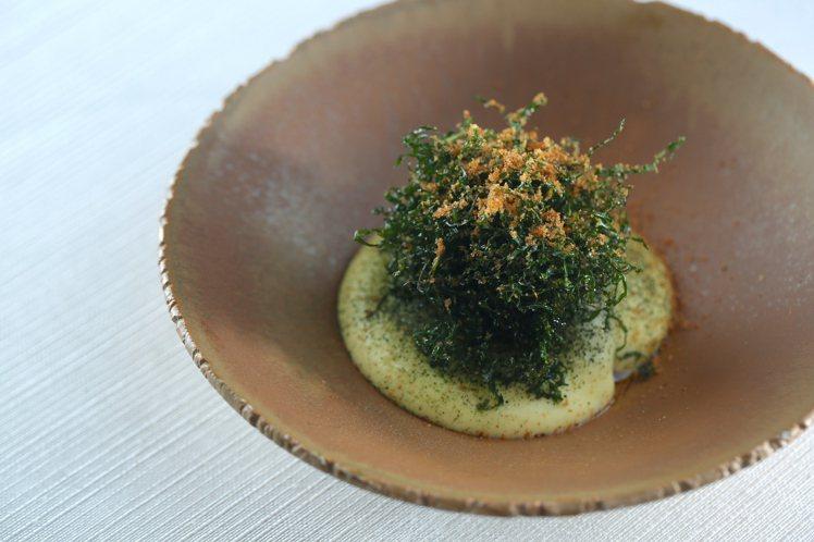 蘭餐廳經典菜色之烏魚子、甘薯、牛骨髓。圖/蘭餐廳提供。