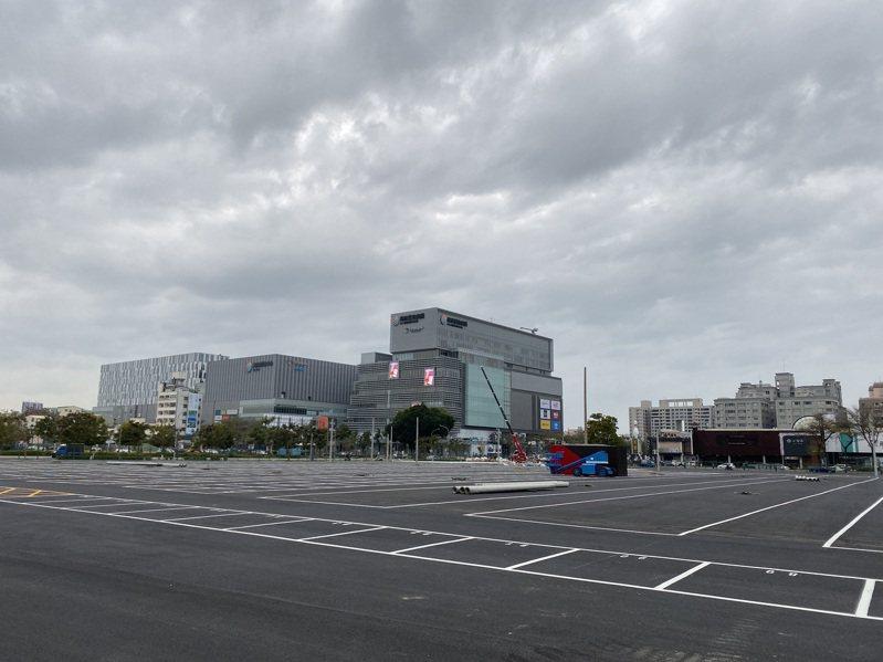 台南市東區平實營區將設置5千坪的夜市,引發熱議。記者鄭維真/攝影