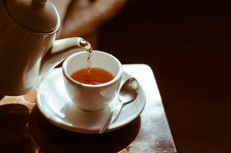 茶含有茶多酚,能提高抗氧化能力,降低血脂。 圖/pixabay