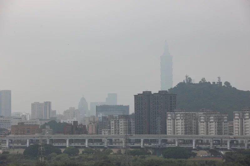 根據IQAir發布的「2020全球空氣品質報告」,在接受評比的國家與地區中,台北...