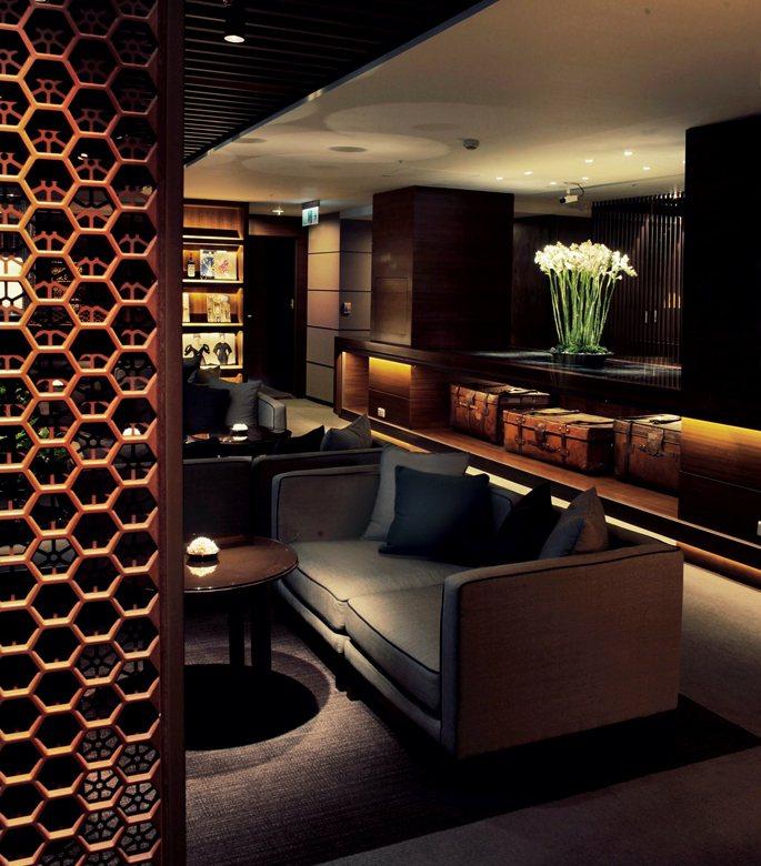 晶華酒店低調優雅的大班廊。 業者/提供