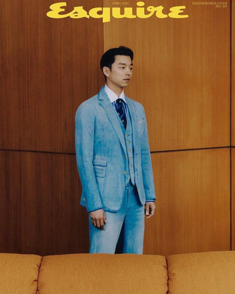 孔劉身穿Ralph Lauren Purple Label登上韓國版4月號Esq...
