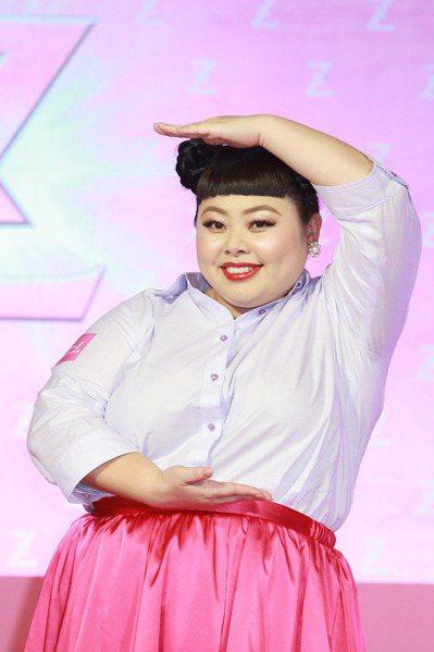 對於製作團隊曾提議把她打扮成「豬」,渡邊直美表示,覺得長成這個體型很幸福。 圖/...