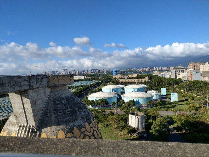 八里汙水廠要由台北市移交給新北市府管理,但要完成交接,仍要一段時間。圖/新北水利局提供