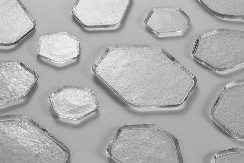 春池玻璃攜手向罕設計合作第二檔展覽《玻璃自然形GLASS IN NATURE》,...