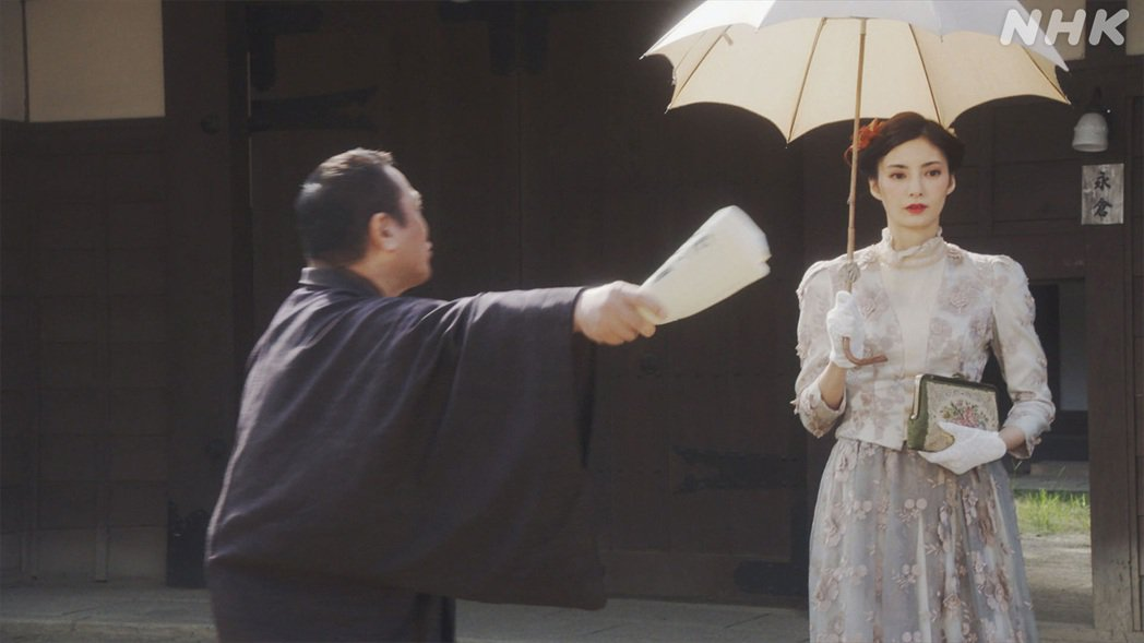 演出日本晨間劇場「伯爵的女兒(伯爵の娘)」的星蘭瞳。圖擷取自IG