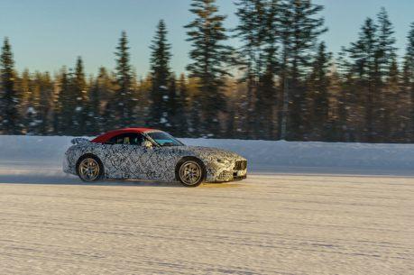 官方主動露出!2022 Mercedes-AMG SL車系最美的測試紀錄照