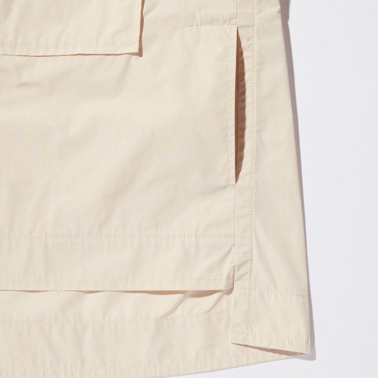 衣身前短後長就是+J系列的一大特色,也能修飾身形。圖/UNIQLO提供