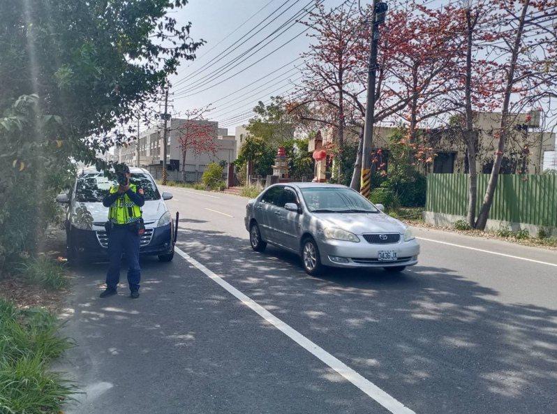 台南新營警分局公布轄區固定測速照相桿及易肇事取締路段。記者吳淑玲/翻攝