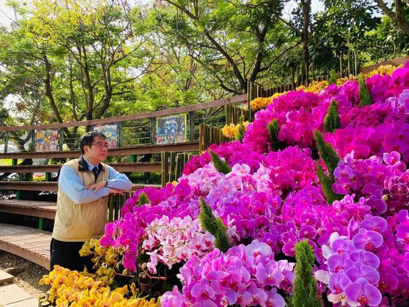 台南市長黃偉哲今天在虎頭埤風景區表示,2021台灣國際蘭展將以遍地開花的方式進行。圖/市府提供