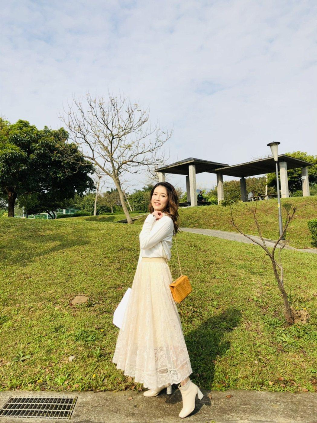 郭亞棠在「多情城市」中是個活潑可愛的小妹。圖/民視提供
