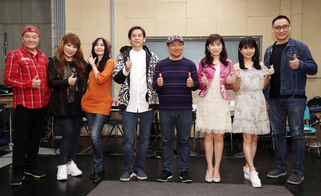 「民歌46高峰會」下月9地巡演,李明德(左起)、王海玲、于台煙、殷正洋、施孝榮、