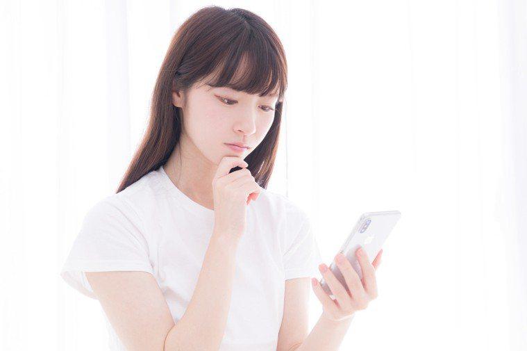 洗面乳的選擇請先了解肌膚狀況後再購買或使用。圖/摘自pakutaso