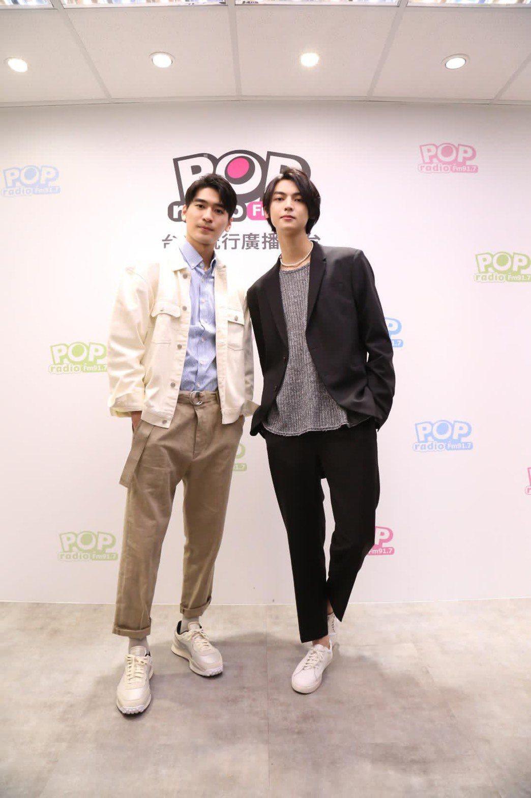 涂善存(左)、陳立安演出BL劇「近距離愛上你」受歡迎。圖/POP Radio提供