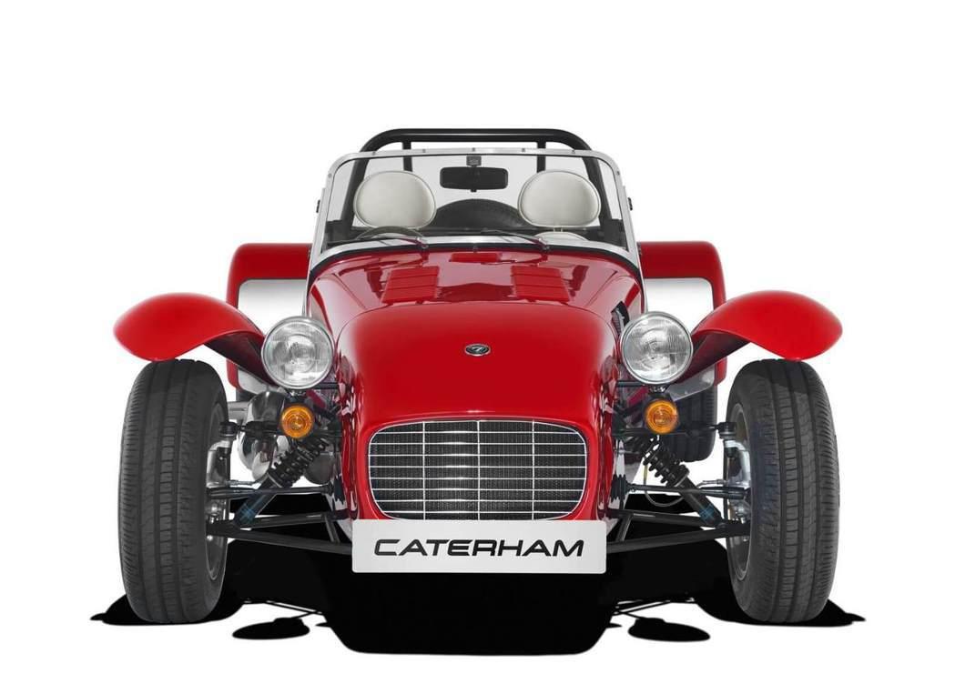 有內行網友一看便發現該跑車是英國品牌Caterham的車款,一台要價百萬台幣。圖...