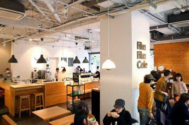 文化觀察者李清志/越是煩躁不安,越需要極簡主義的咖啡館